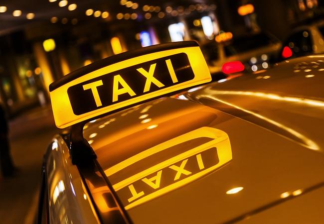 quy định pháp luật về hành nghề lái xe taxi