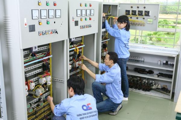 Ngành Điện Công nghiệp là gì? Tương lai cho ngành điện công nghiệp